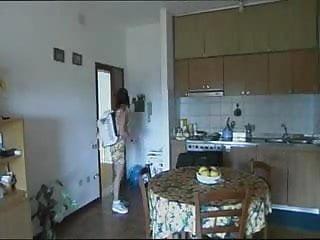 Download video bokep Vizio Di Famiglia Scene 2 jk1690 Mp4 terbaru