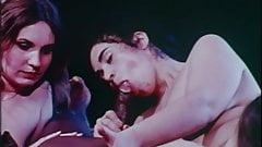 Вверх у Jj's (1975) - MKX