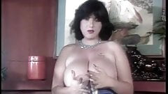 Vintage Big Tit Hairy Chick Receives Ron's Bounty