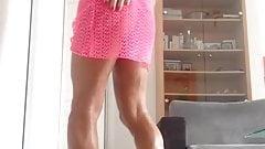 J'attends Yam68 en robe rose