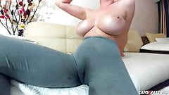 Hot Huge Boobs Camgirl Squirting In Pants