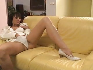 Chelsea scott naked pics - Mature chelsea anal