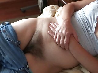 MY WIFE IS VERY HOT AND BITCH - MI ESPOSA ES MUY ARDIENTE