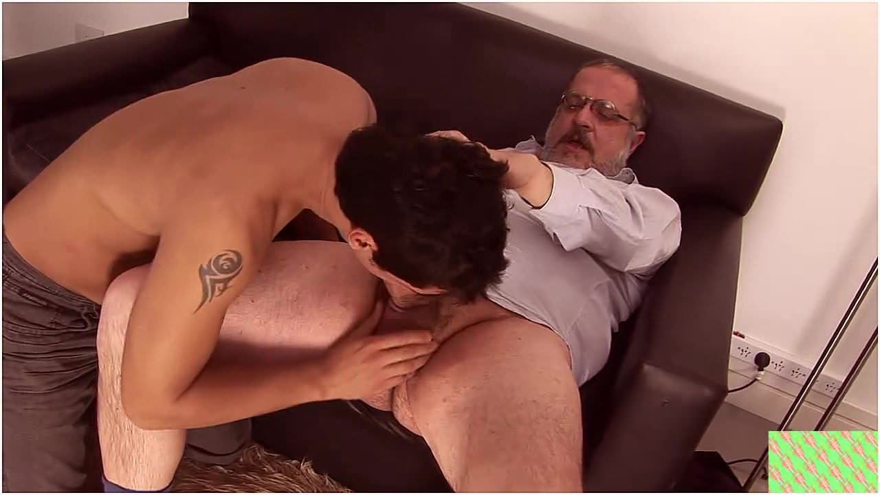 Bear Osos Videos Porno oso gordo gay y joven
