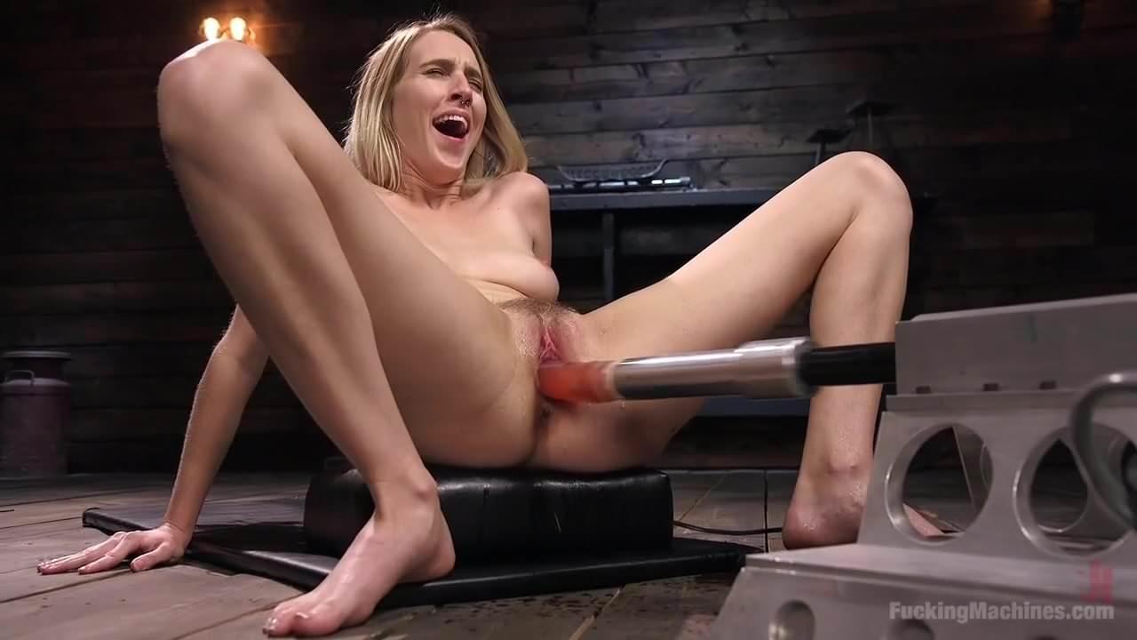Teen Squirt Fuck Machine