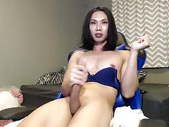 Sexy ass asian tgirl cums hard