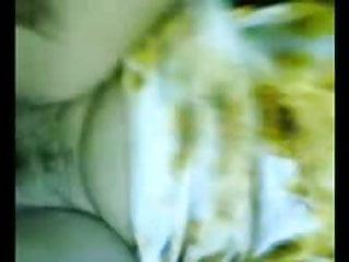 Download video bokep malay- awek baju kurung kuning Mp4 terbaru