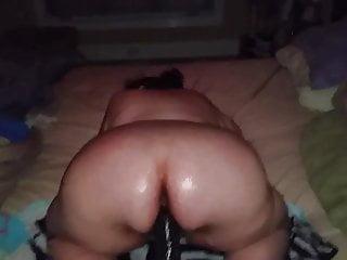 Big butt bbw fucking huge dildo