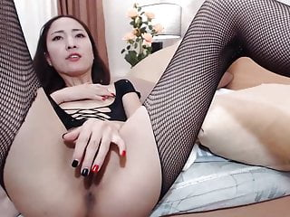 Download video bokep Asian MILF in Stockings cums and squirts Mp4 terbaru