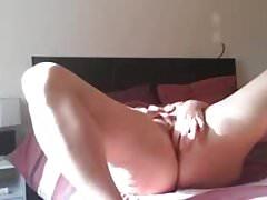 Masturbation - Leggy Gal Just Learning How To Masturbate