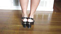 Sexy asian feet..