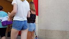 Candid voyeur pale skinny hot tight teen shopping