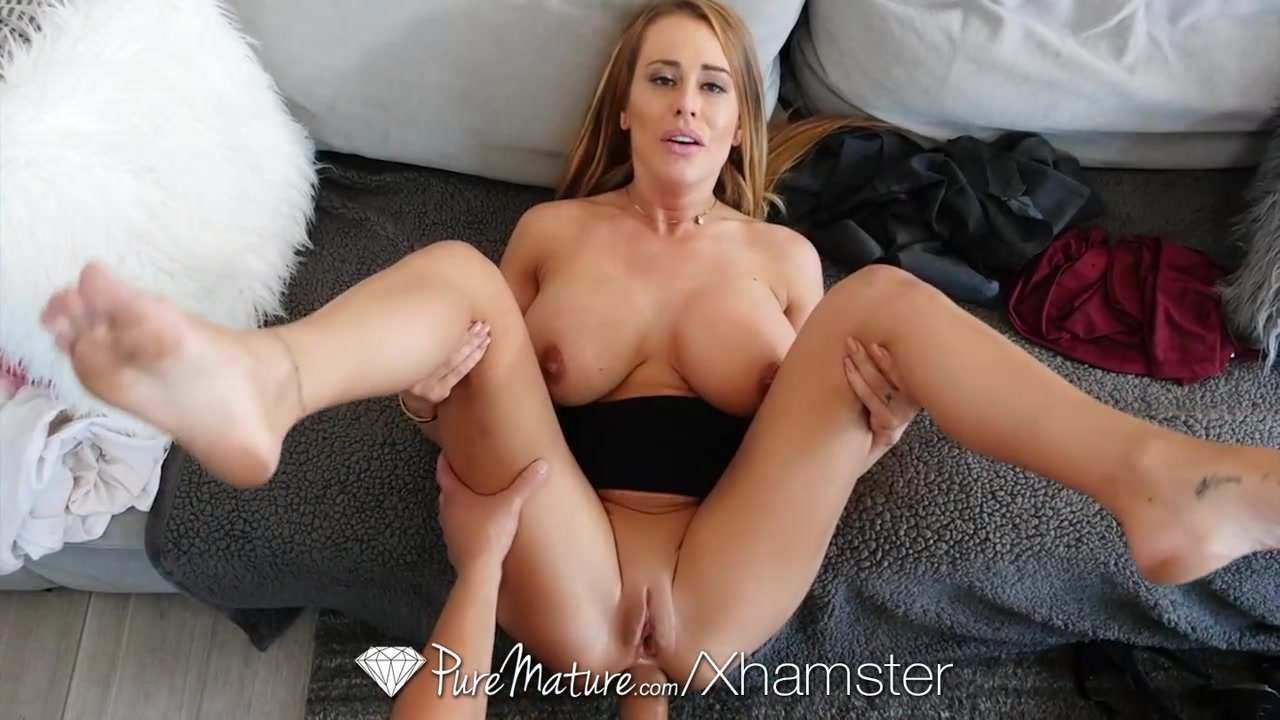Big ass wanking shaved orgy