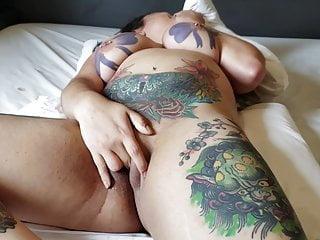 Tattoed Brazilian Pornstar Manddy May Squirting