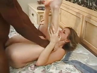 Milf Filmed Getting Her First Black Meat !