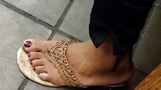Candid ebony feet she was nodding