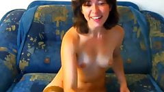 Hairy milf having a wank
