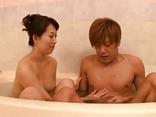Female boss and male subordinate bathing together, blowjob