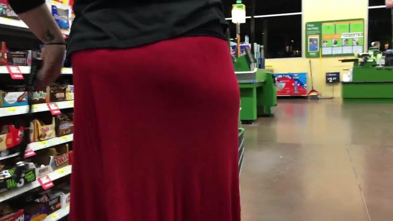 Bbw booty showoff in black dress(playtime)