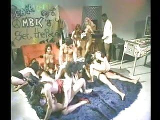 Orgy including Sean Michaels, Tianna Taylor, Nina Hartley