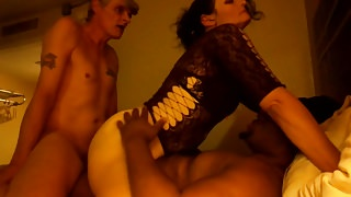 Wife gets dp and hubby gets Creampie