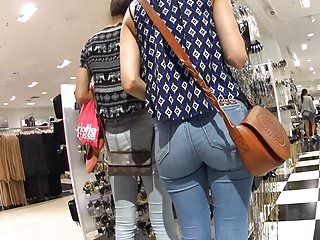 BUBBLE BUTT WHITE GIRL TIGHT JEANS