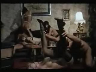Moana Pozzi DP anal orgy in Fantastica Moana (1987)