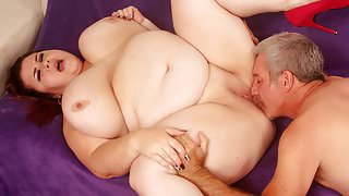 Big boobed BBW Lady Lynn takes fat cock