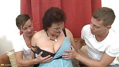 Young sons sharing mature bigt