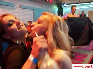 Sexparty amateur babes blowing stripper cocks