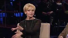 ANDREA KATHRIN LOEWIG IN STRAPSEN