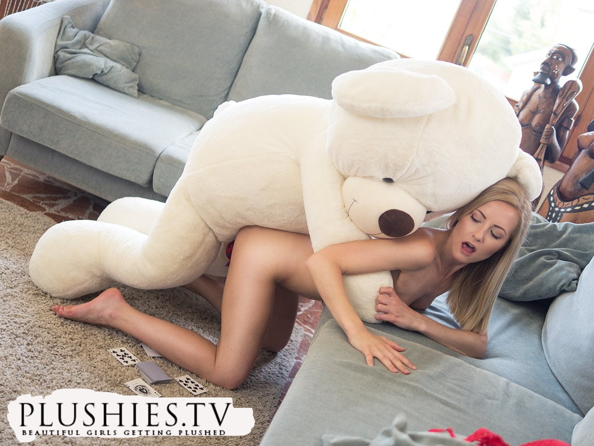 Sicilia playing strip sex pocker with a teddy bear miguel - 1 10