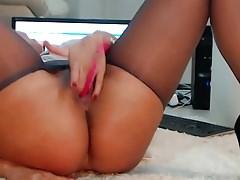 Milf webcam with an amazing body!!