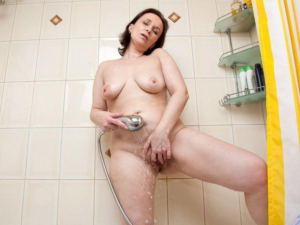 Japan cheating wife massage