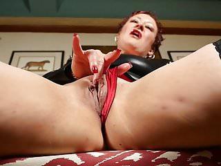 Kinky American lady Scarlett O Ryan needs a good fuck