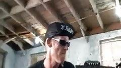 Pretty fan DPed by punk rocker