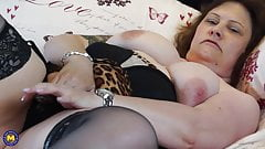 Real mature mother with big tits and wet pussy's Thumb