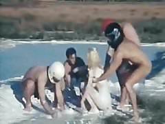 Moana Pozzi GangBang in Moana la scandalosa (1988)