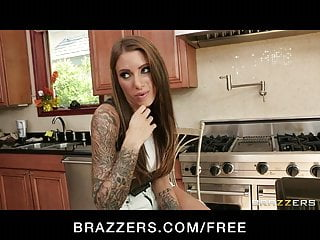 Brazzers - Three hot & mean Lesbians fuck their neighbor