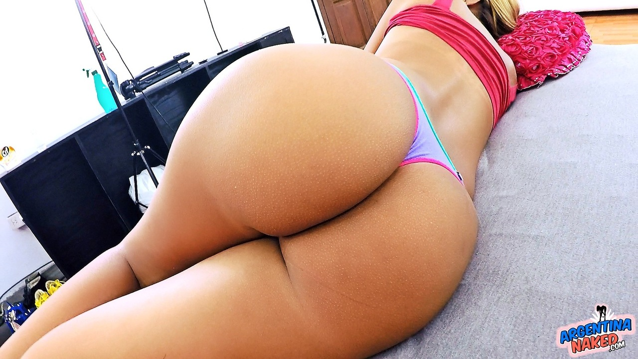 incredible big round ass babe getting dicked all over