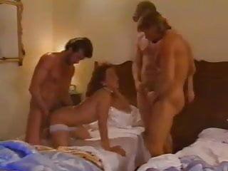 Julia Chanel Il lupo e l'agnello (Angel Wolf) 1995 scene