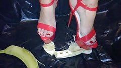 Lady L crush banana with red sexy high heels's Thumb