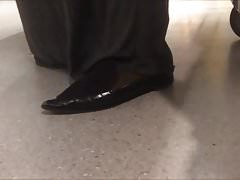 Shoe Fetish - Foot Following Fat Muslima in Big Pointy Flats