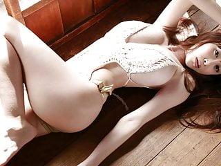 Anri Sugihara Slideshows