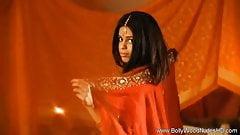 Sahara Knite Indian Beauty Naked And Sensual Erotic Here