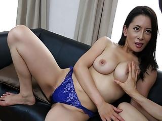 Japanese mature, Rei Kitajima likes it doggy- style and unce
