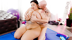 BBW's Pussy Stuffed With The Personal Trainer's Dick