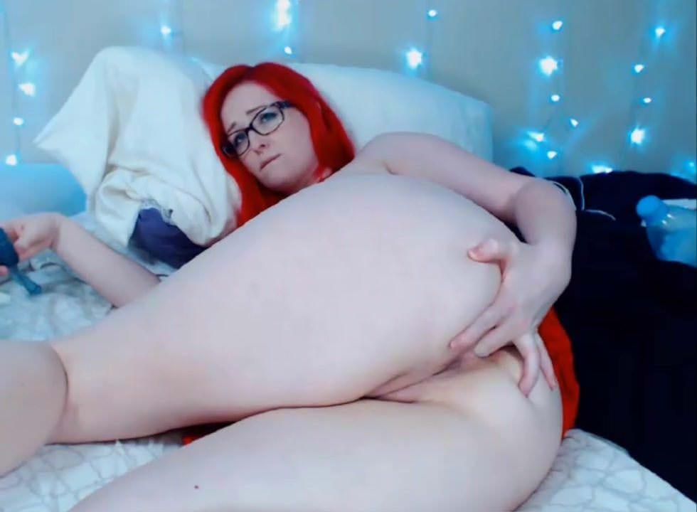 Sexy mature women in stocking