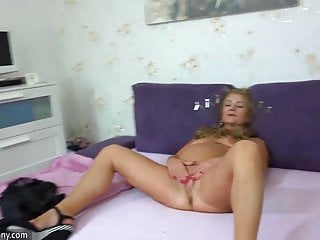 Download video bokep OldNanny Old mature doing striptease and masturbating pussy Mp4 terbaru