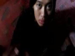 Download video bokep indonesian- main sama cewek part 2 Mp4 terbaru